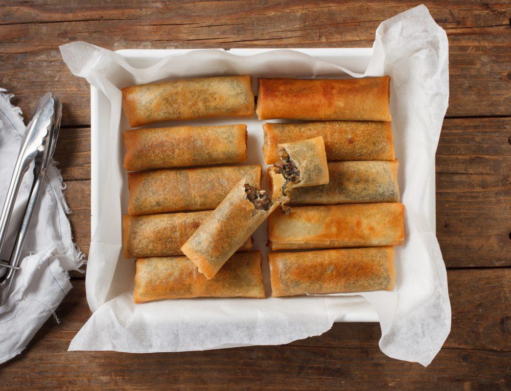 סיגרים ממולאים בפטריות גבינה ותרד